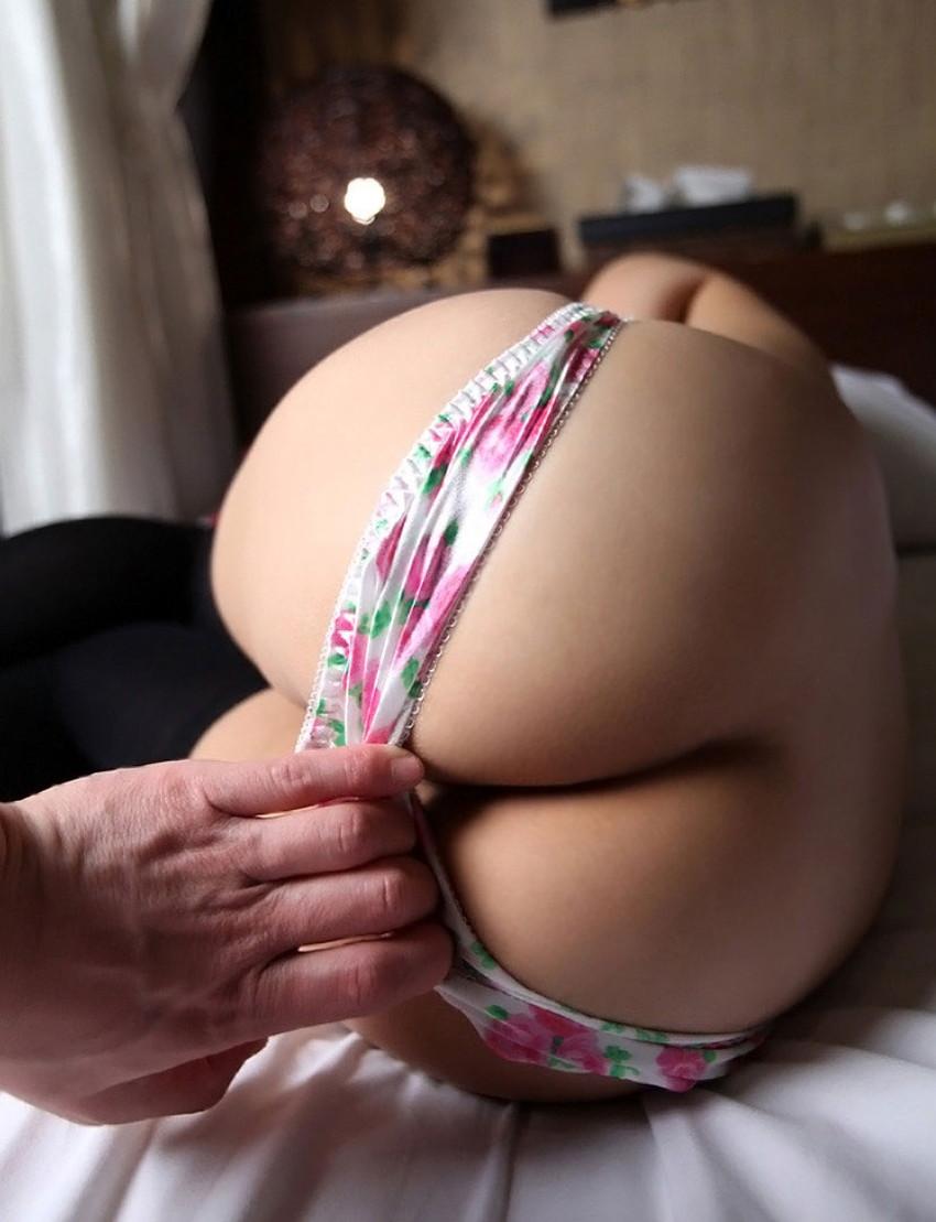 【パンツ脱がしエロ画像】セックス中のこの瞬間が堪らないパンツ脱がしのエロ画像集!ww【80枚】 72