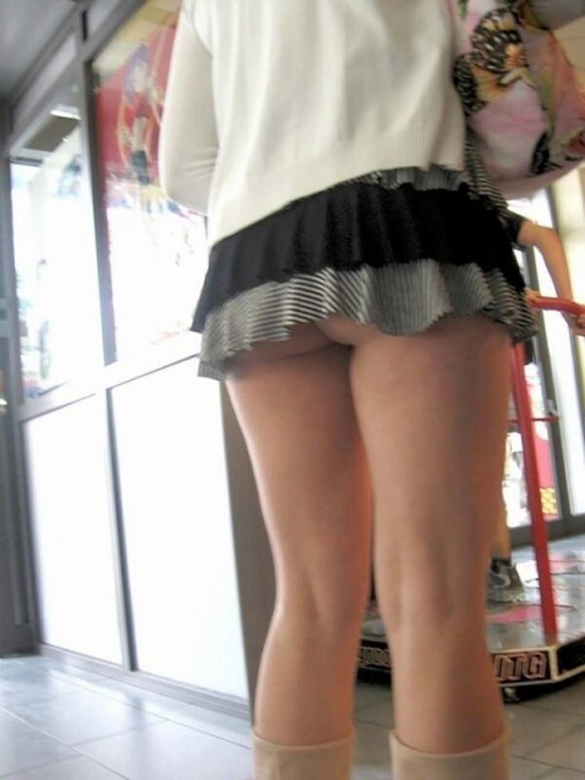 【ミニスカ素人エロ画像】階段やエスカでパンチラ必死のミニスカ履いてる素人ギャルを隠し撮りしたミニスカ素人のエロ画像集!ww【80枚】 27