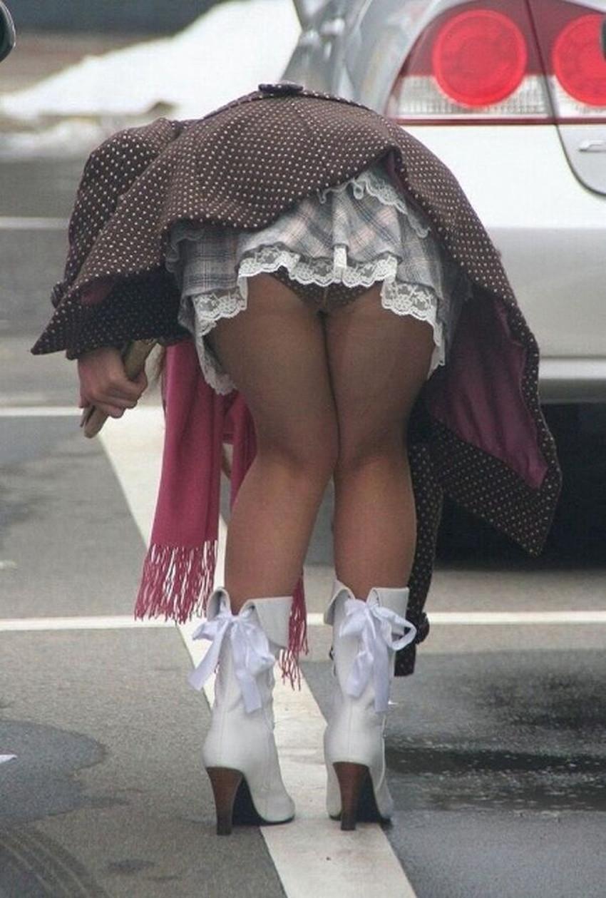 【ミニスカ素人エロ画像】階段やエスカでパンチラ必死のミニスカ履いてる素人ギャルを隠し撮りしたミニスカ素人のエロ画像集!ww【80枚】 33