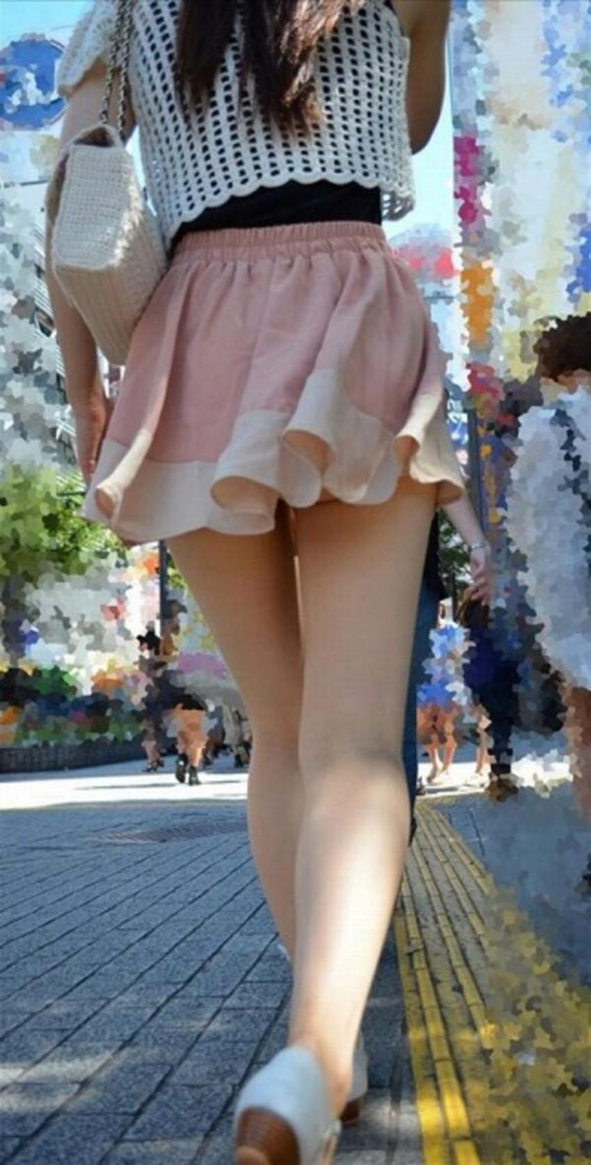 【ミニスカ素人エロ画像】階段やエスカでパンチラ必死のミニスカ履いてる素人ギャルを隠し撮りしたミニスカ素人のエロ画像集!ww【80枚】 66