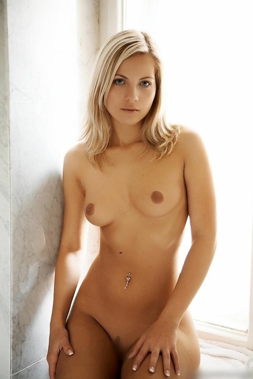 【へそピアスギャルエロ画像】セックス経験が豊富そうに見えるへそピアスギャルのエロ画像集!ww【80枚】 30