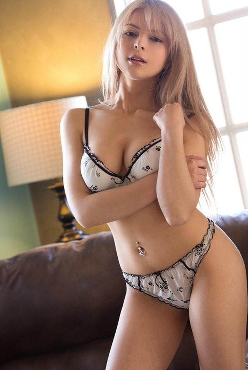 【へそピアスギャルエロ画像】セックス経験が豊富そうに見えるへそピアスギャルのエロ画像集!ww【80枚】 61