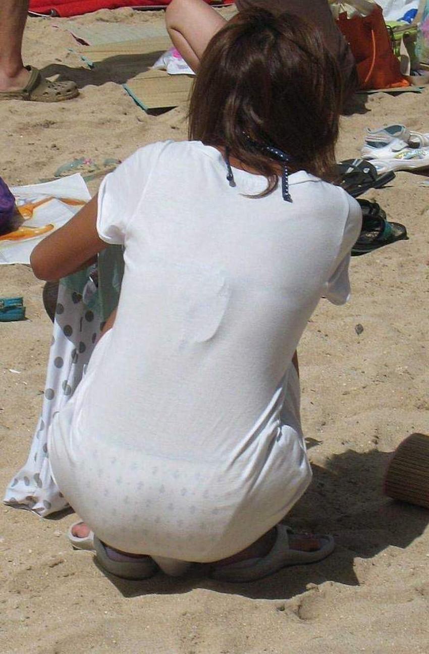 【透けパンツエロ画像】清楚なお嬢さんのスカートやズボンからパンティーが透けて丸見えよりも卑猥に見える透けパンツのエロ画像集!ww【80枚】 23