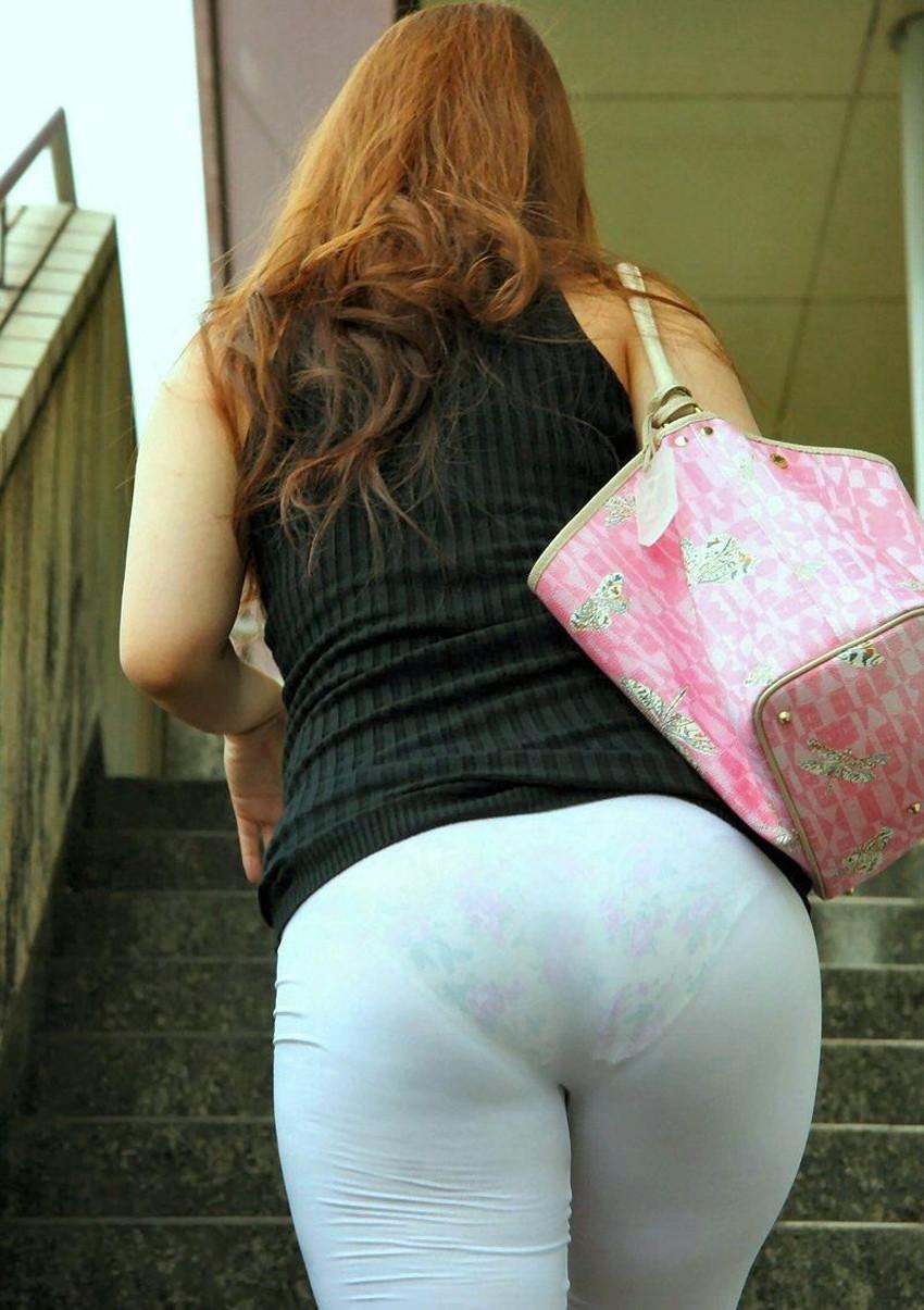 【透けパンツエロ画像】清楚なお嬢さんのスカートやズボンからパンティーが透けて丸見えよりも卑猥に見える透けパンツのエロ画像集!ww【80枚】 40