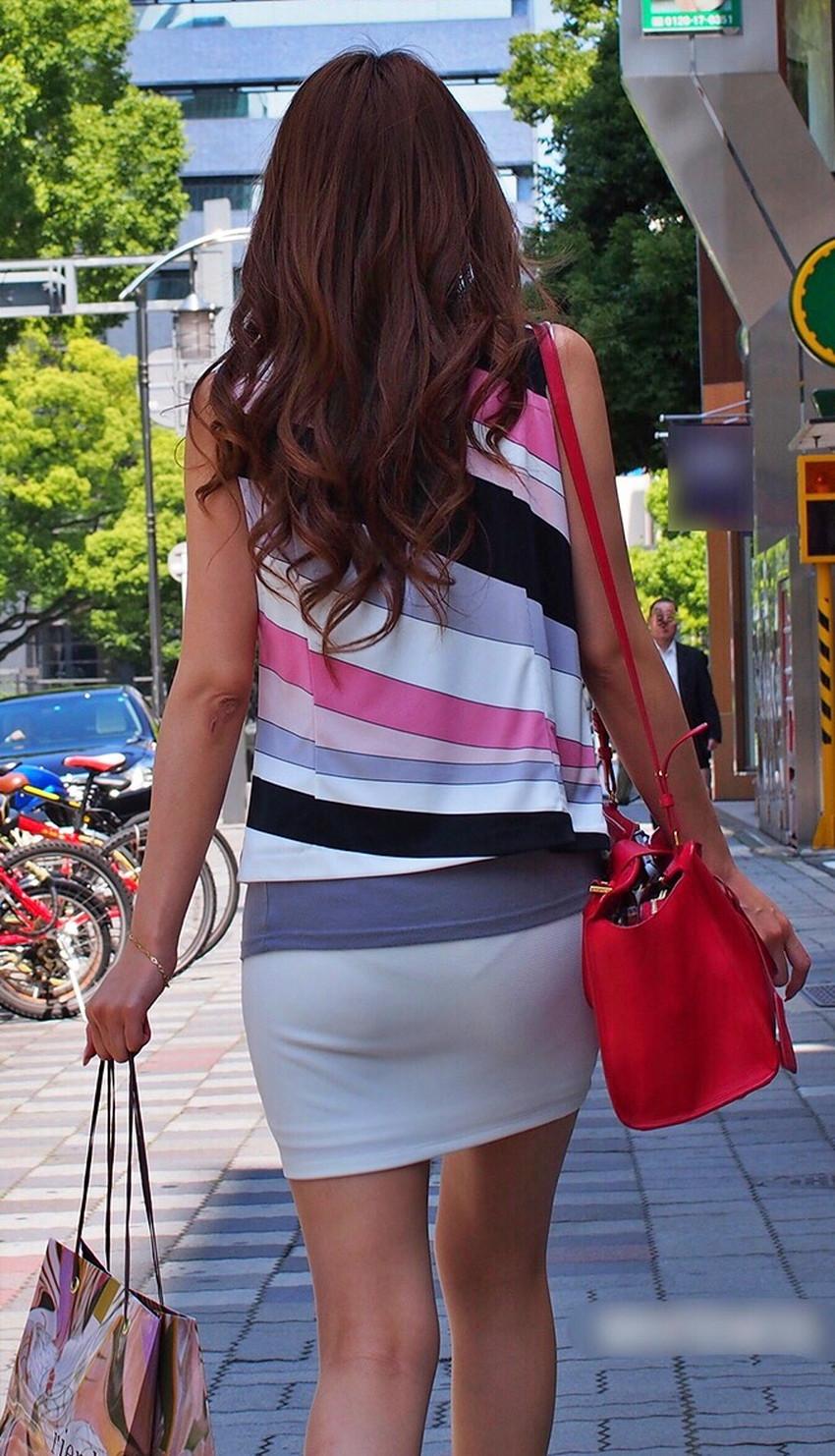 【透けパンツエロ画像】清楚なお嬢さんのスカートやズボンからパンティーが透けて丸見えよりも卑猥に見える透けパンツのエロ画像集!ww【80枚】 46