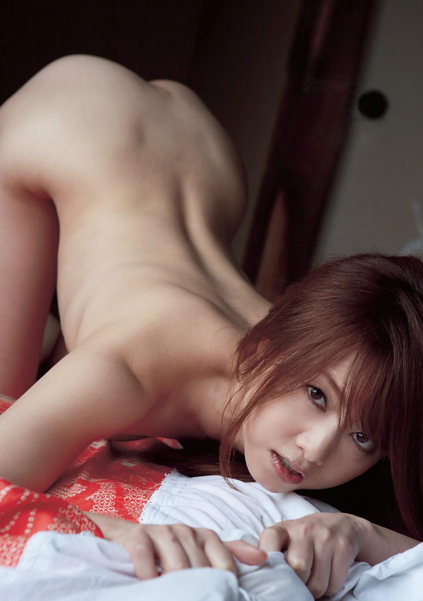【背中フェチエロ画像】流線型がエロ過ぎる美女の美背中!!ww下から上に舐め上げたくなる美しい背中のエロ画像集!ww【80枚】 43