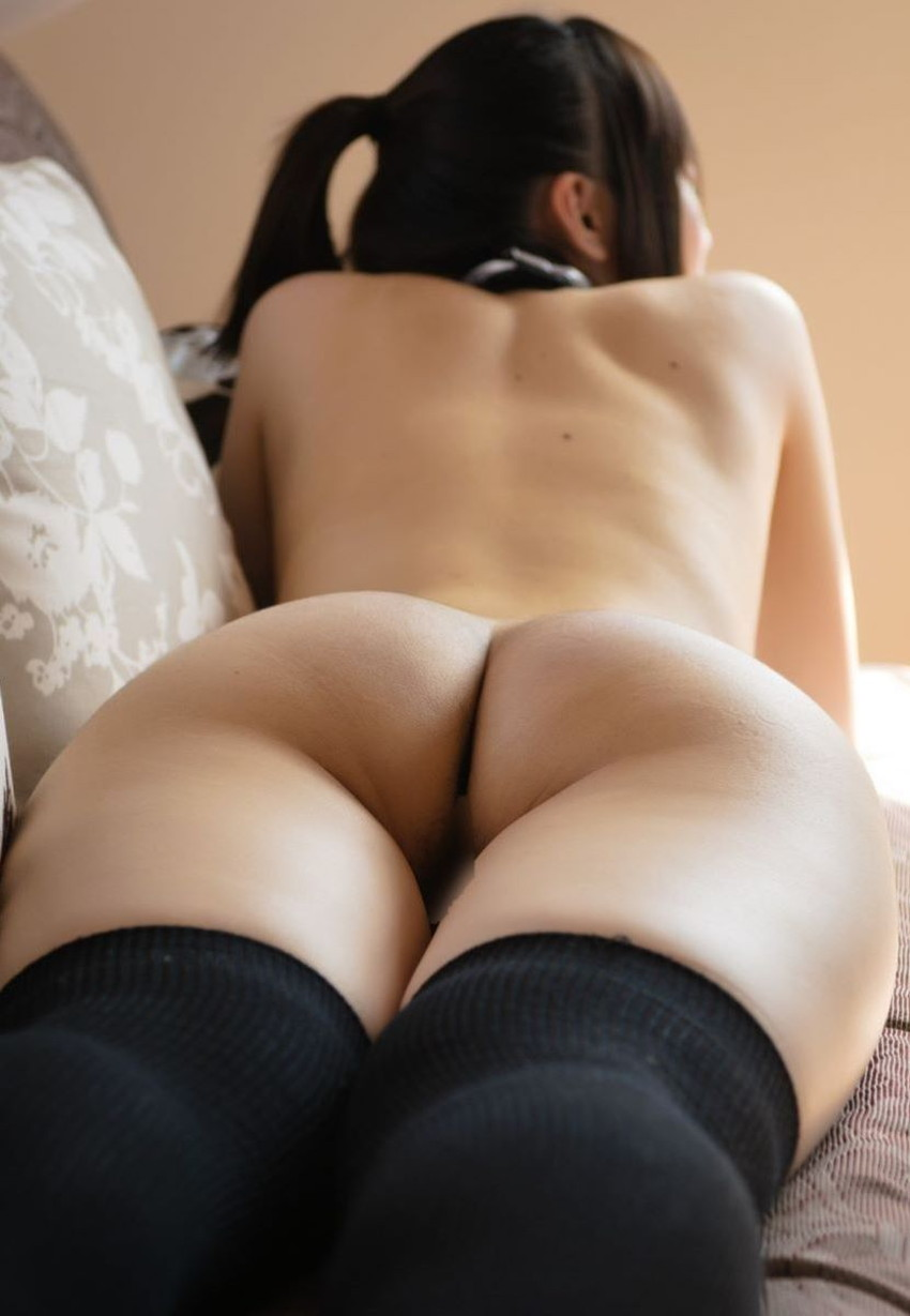 【背中フェチエロ画像】流線型がエロ過ぎる美女の美背中!!ww下から上に舐め上げたくなる美しい背中のエロ画像集!ww【80枚】 74