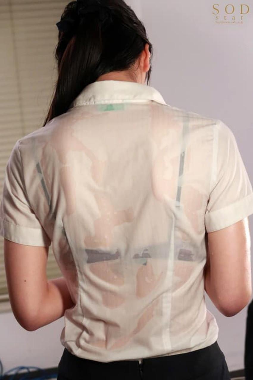 【濡れ透け下着エロ画像】シャワーや豪雨で下着まで透けて陰毛や乳首が丸見えになってる濡れ透け下着のエロ画像集!ww【80枚】 42
