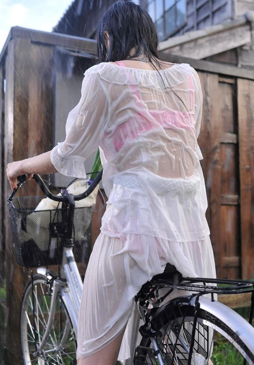 【濡れ透け下着エロ画像】シャワーや豪雨で下着まで透けて陰毛や乳首が丸見えになってる濡れ透け下着のエロ画像集!ww【80枚】 56