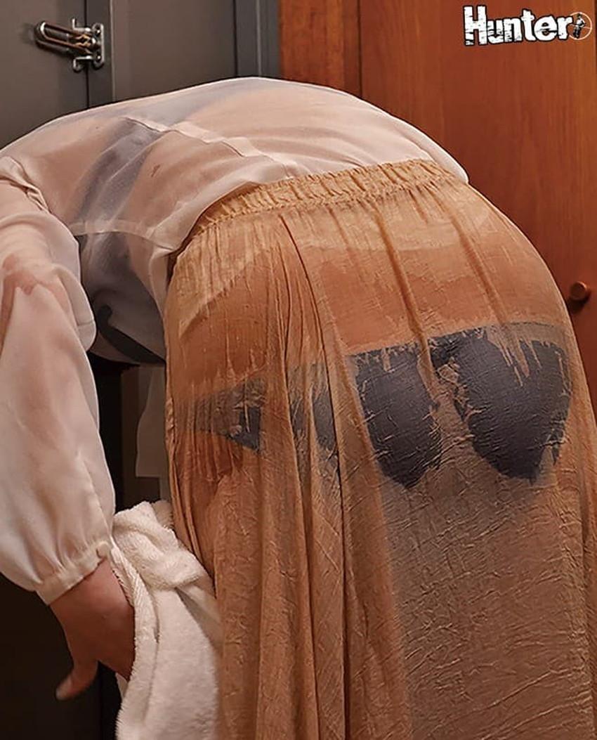【濡れ透け下着エロ画像】シャワーや豪雨で下着まで透けて陰毛や乳首が丸見えになってる濡れ透け下着のエロ画像集!ww【80枚】 79