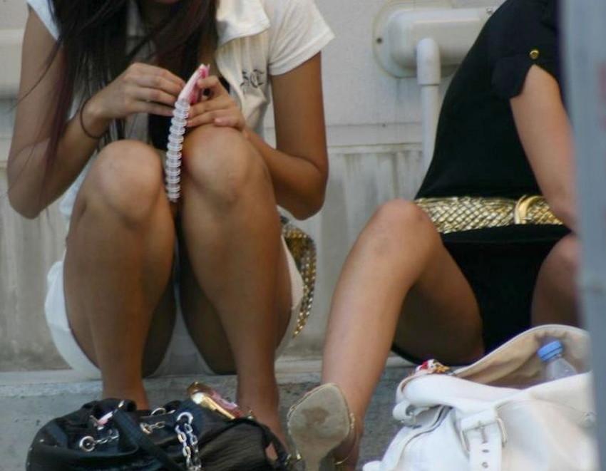 【ミニスカワンピエロ画像】ミニスカワンピ女子のパンチラを覗いたり服の中に手を突っ込み着衣セックスしてるミニスカワンピのエロ画像集!ww【80枚】 02