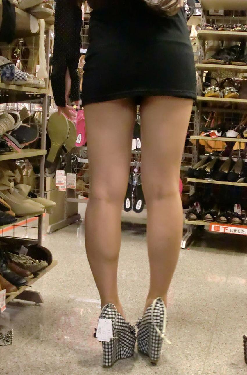 【ミニスカワンピエロ画像】ミニスカワンピ女子のパンチラを覗いたり服の中に手を突っ込み着衣セックスしてるミニスカワンピのエロ画像集!ww【80枚】 25