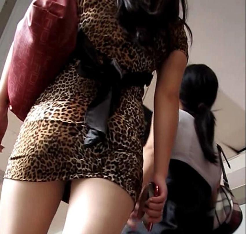 【ミニスカワンピエロ画像】ミニスカワンピ女子のパンチラを覗いたり服の中に手を突っ込み着衣セックスしてるミニスカワンピのエロ画像集!ww【80枚】 34