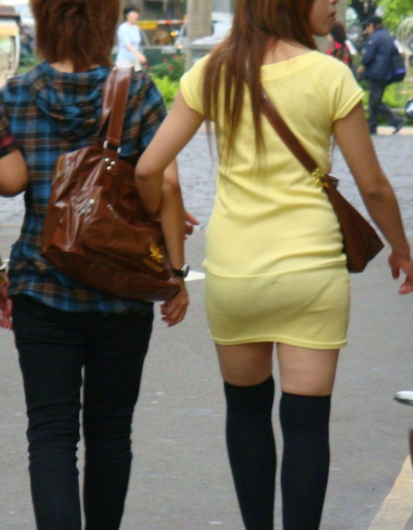 【ミニスカワンピエロ画像】ミニスカワンピ女子のパンチラを覗いたり服の中に手を突っ込み着衣セックスしてるミニスカワンピのエロ画像集!ww【80枚】 49