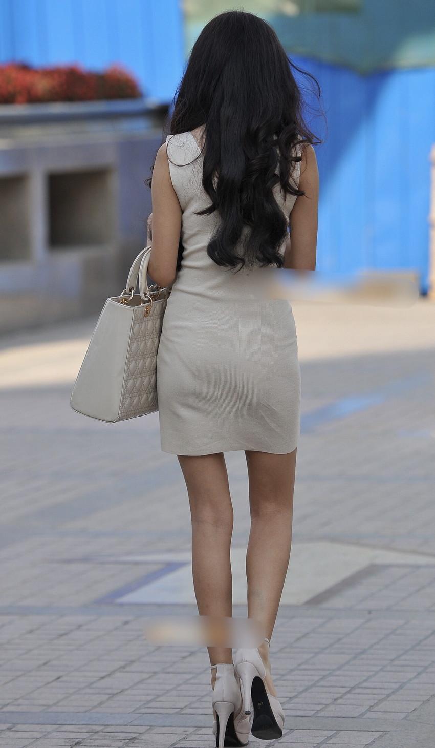 【ミニスカワンピエロ画像】ミニスカワンピ女子のパンチラを覗いたり服の中に手を突っ込み着衣セックスしてるミニスカワンピのエロ画像集!ww【80枚】 52