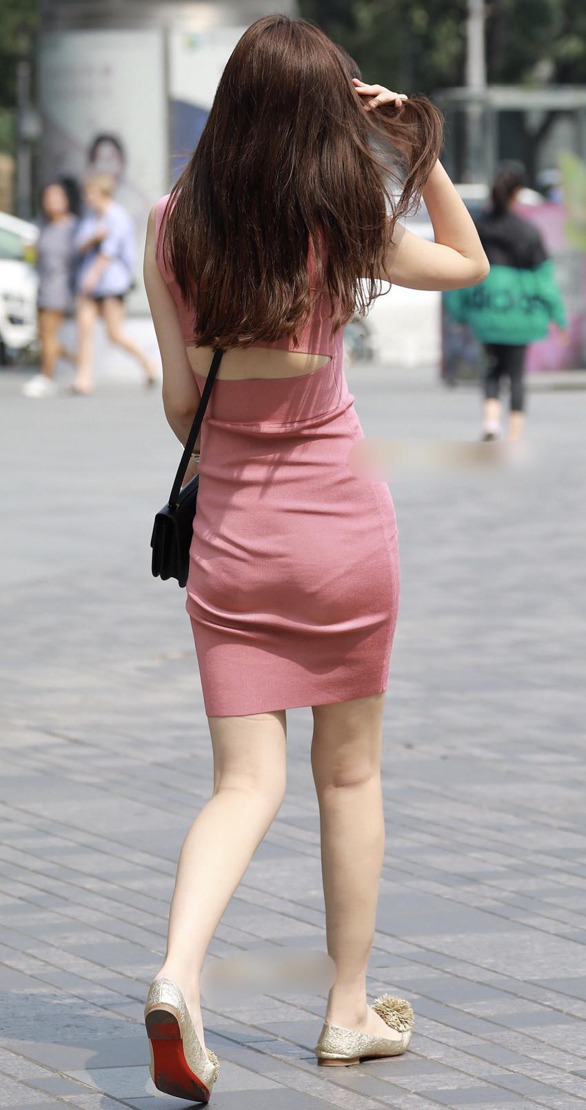 【ミニスカワンピエロ画像】ミニスカワンピ女子のパンチラを覗いたり服の中に手を突っ込み着衣セックスしてるミニスカワンピのエロ画像集!ww【80枚】 59