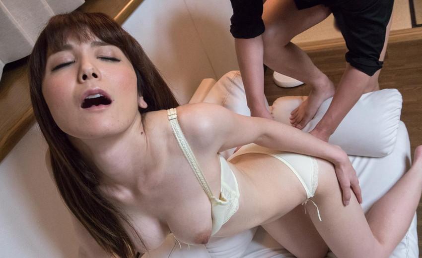 【三十路女性エロ画像】30代の人妻や熟女OLが経験豊富なテクでセックスを堪能している三十路女性のエロ画像集!ww【80枚】 18