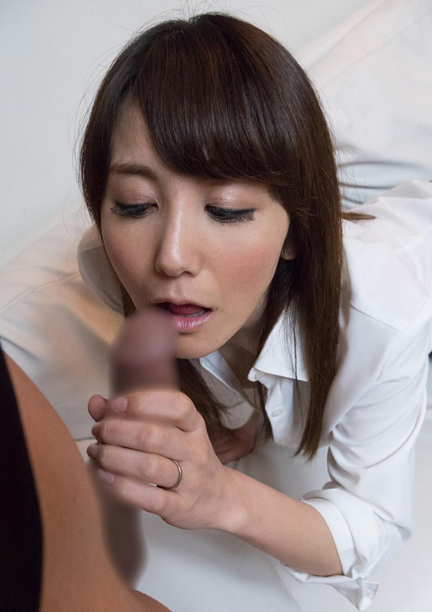 【三十路女性エロ画像】30代の人妻や熟女OLが経験豊富なテクでセックスを堪能している三十路女性のエロ画像集!ww【80枚】 40