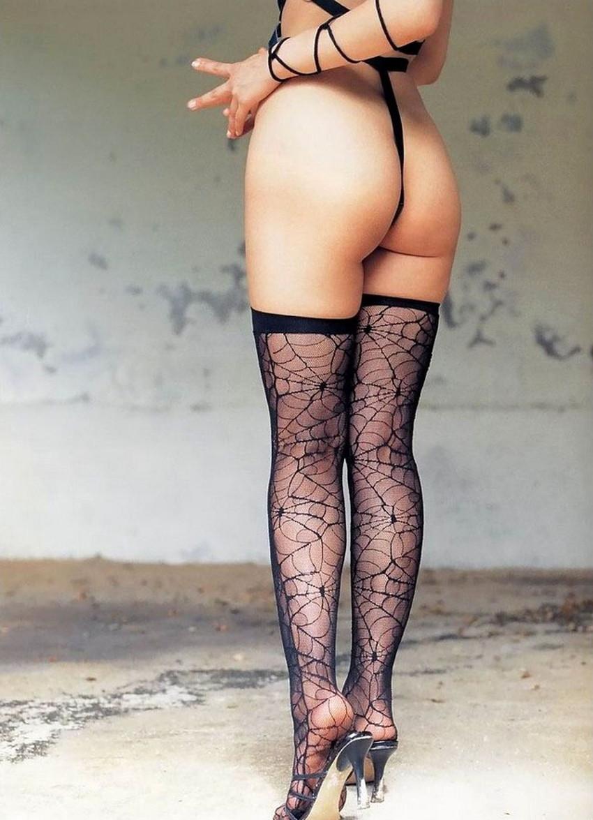 【柄タイツエロ画像】美脚をセクシーに際立てくれる模様入のタイツやパンストで誘惑してくれてる柄タイツのエロ画像集!ww【80枚】 61