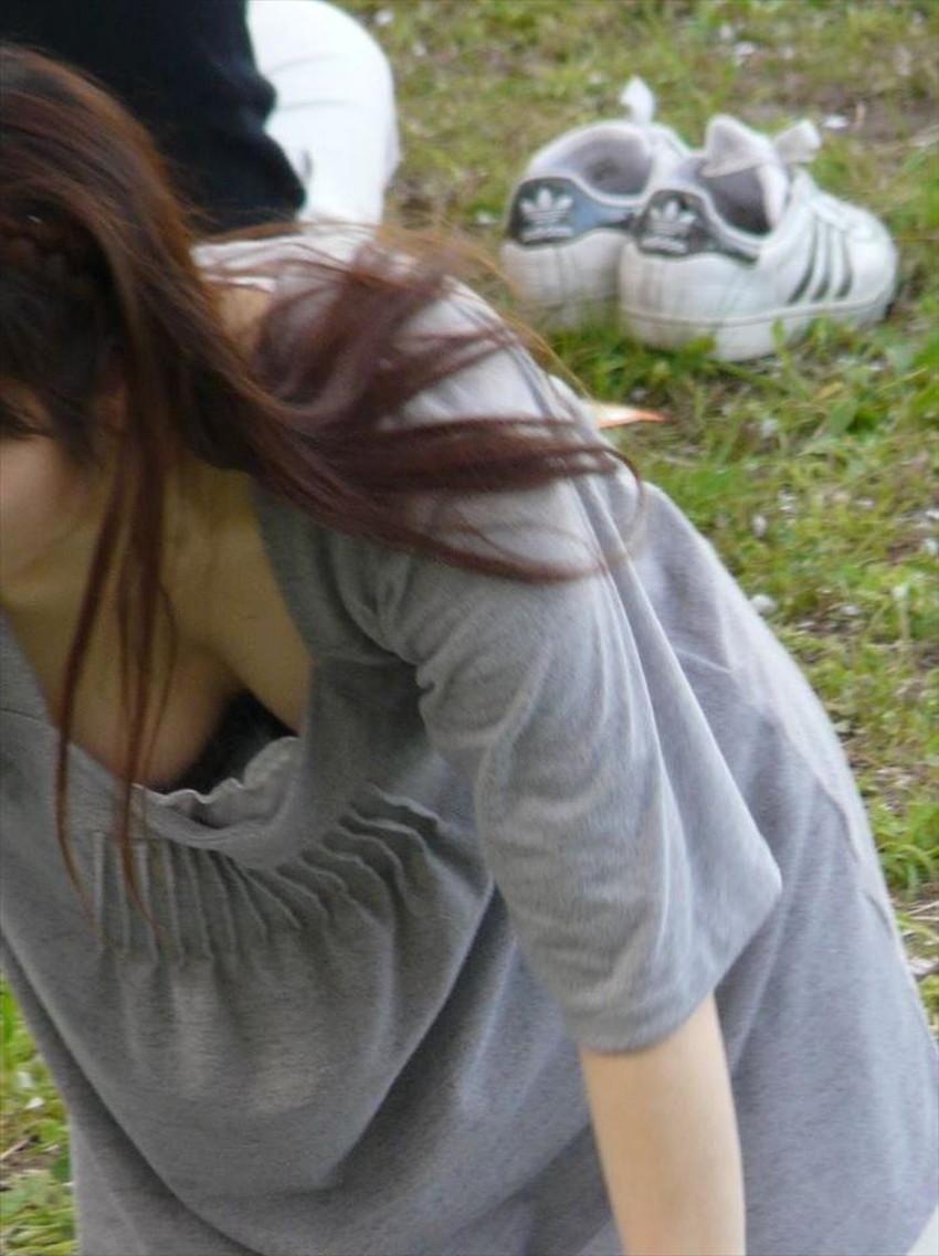 【巨乳盗撮エロ画像】デカパイ素人女子の着衣巨乳や胸チラを隠し撮りした巨乳盗撮のエロ画像集!ww【80枚】 37