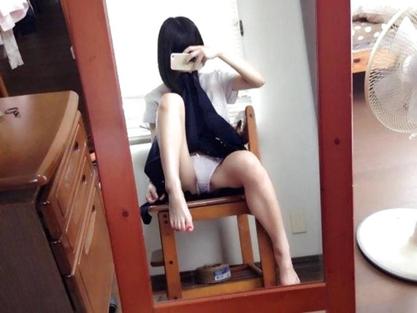【パンチラ自撮りエロ画像】プチ露出狂の素人女子がパンチラを自撮りしてSNSで公開してるパンチラ自撮りのエロ画像集!ww【80枚】 45
