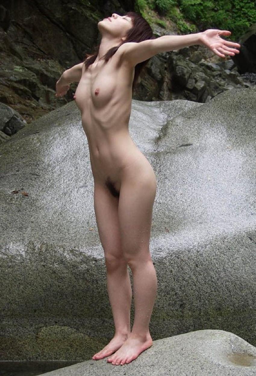 【美しいあばら骨エロ画像】スレンダー美女の浮かび上がるあばら骨がセクシー過ぎて舐めたくなる!美しいあばら骨のエロ画像集!ww【80枚】 52