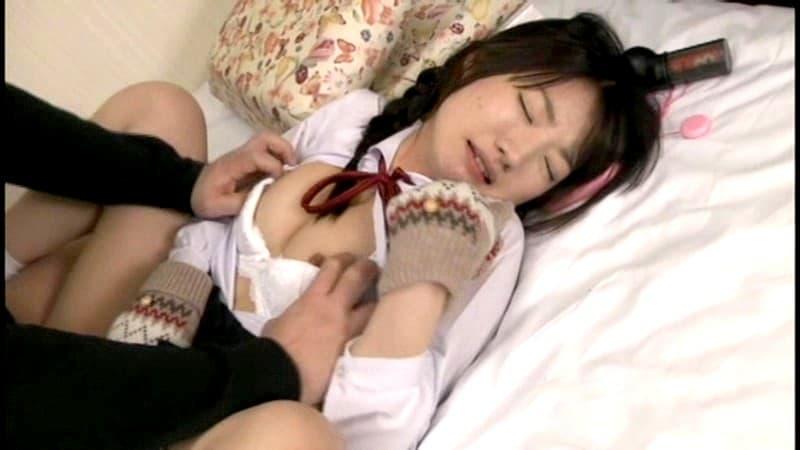 【三つ編みエロ画像】三つ編みのメガネっ娘優等生のロリな美乳を弄ったりフェラさせちゃった三つ編み女子のエロ画像集!ww【80枚】 38
