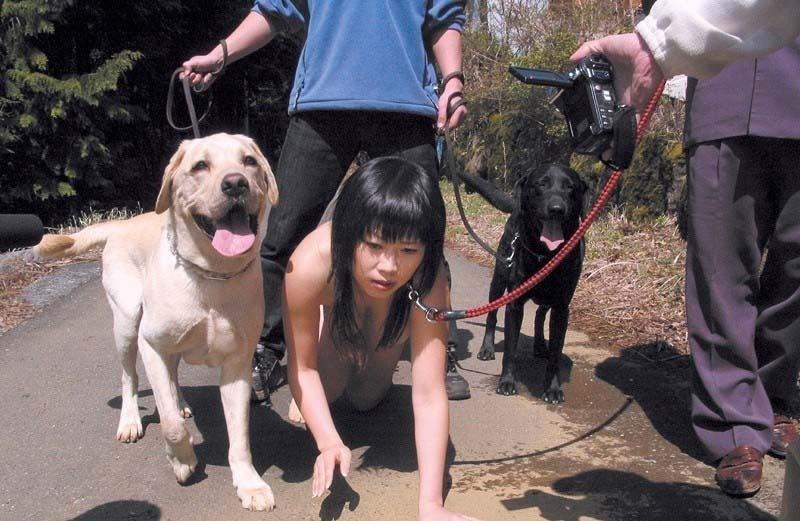 【メス犬調教エロ画像】首輪装着されたドMな美女たちがメス犬ポーズでおねだりフェラ!メス犬調教のエロ画像集ww【80枚】 50