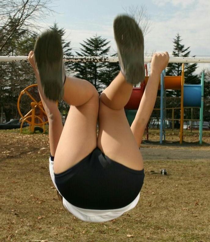 【ブルマエロ画像】ブルマとかいう機能性とエロを兼ね備えた絶滅危惧種の体操服姿でまんすじを強調させてくれてるブルマのエロ画像集!【80枚】 66