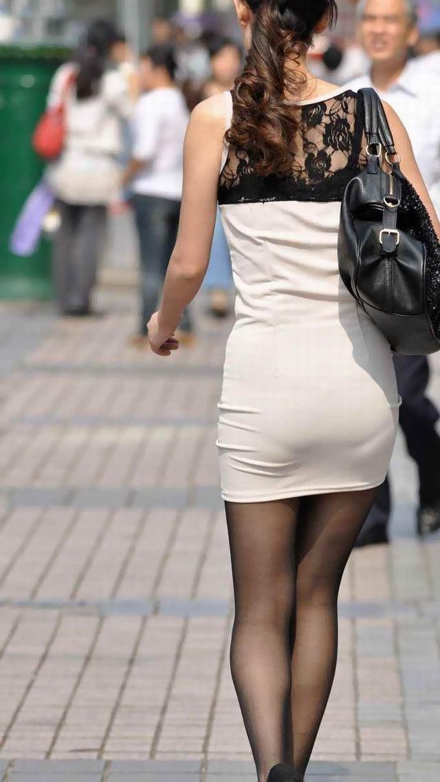 【タイトスカートエロ画像】OLや女教師、人妻たちのむっちりデカ尻を包み込み、パンティーラインが見え隠れするタイトスカートのエロ画像集!!【80枚】 14