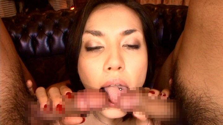 【舌ピアスエロ画像】舌ピアスをハメた見るからにビッチなギャルがカリ先舐めるねっとりフェラや乳首舐めしてくれてる舌ピアスのエロ画像集ww【80枚】 49