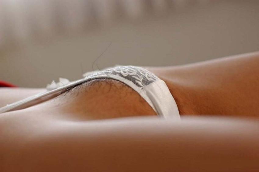 【モリマンエロ画像】ロリなパイパン娘やギャル達の柔らかいモリマンを弄って舐めて枕にしたいモリマンエロ画像集ww【80枚】 80