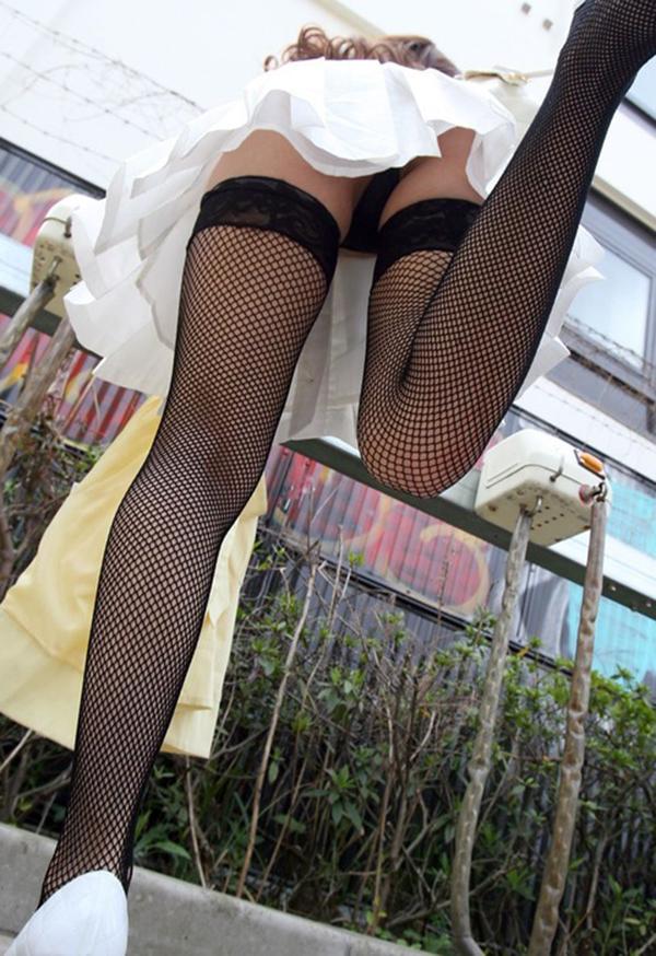 【ローアングルエロ画像】美女たちのパンチラや下乳、おまんこくぱぁを見上げて撮影したローアングルのエロ画像集ww【80枚】 66
