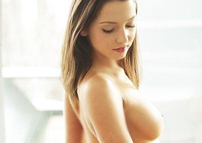 【ロシアン美女エロ画像】世界最高峰のブロンド美女の美巨乳やロリなまんすじがエロ過ぎるロシアン美女のエロ画像集ww【80枚】