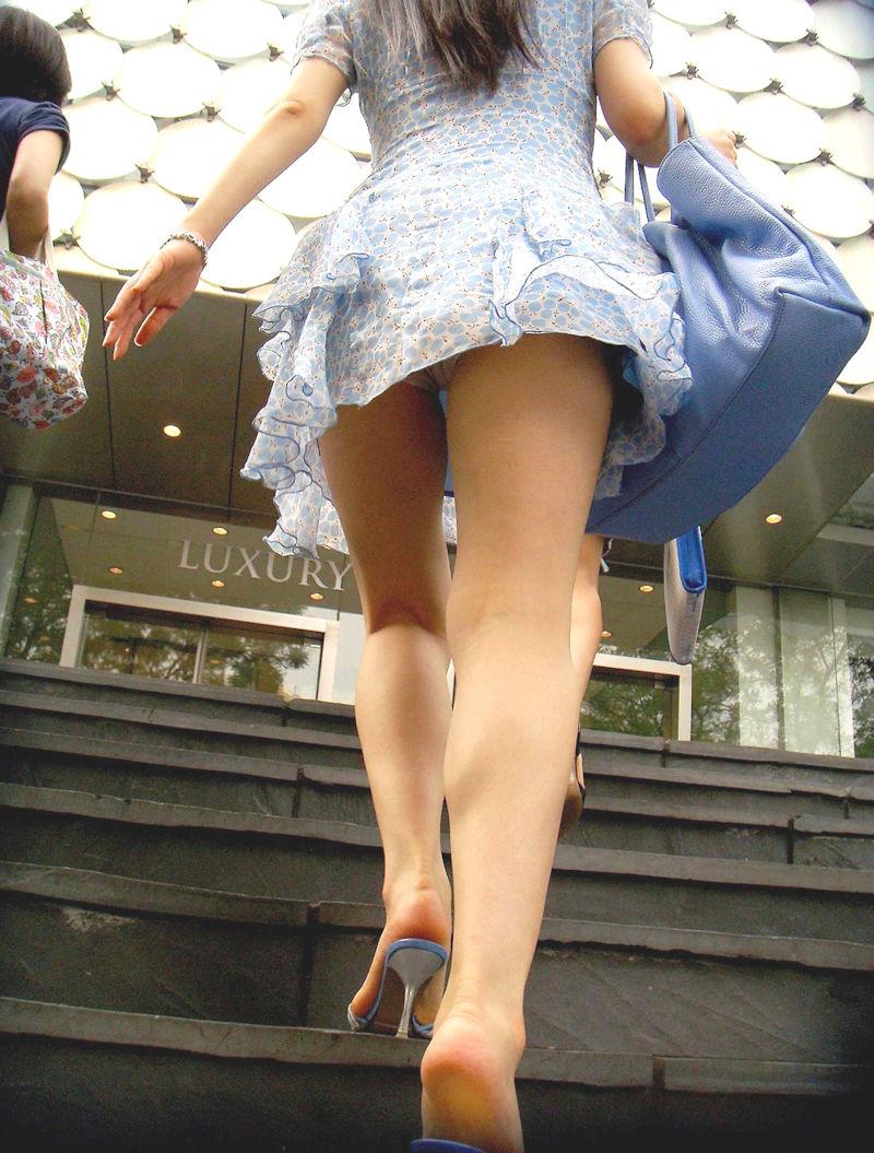 【ミニスカワンピエロ画像】カワイ過ぎるミニスカワンピ娘をパンチラ盗撮したり着衣セックスで寝取っちゃったミニスカワンピのエロ画像集ww【80枚】 80