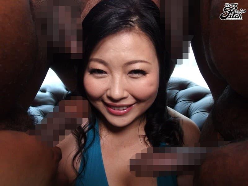 【巨根黒人エロ画像】おまんこ狭い日本人の美少女が黒人の巨根をおねだりフェラしてメリメリ挿入して国際交流しちゃった黒人巨根のエロ画像集ww【80枚】 28