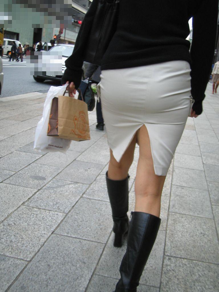 【スリットエロ画像】チャイナドレスやタイトミニのスリットから見える美脚太ももがエロ過ぎる!手を突っ込み着衣手マンしたくなるスリットのエロ画像集!w【80枚】 43