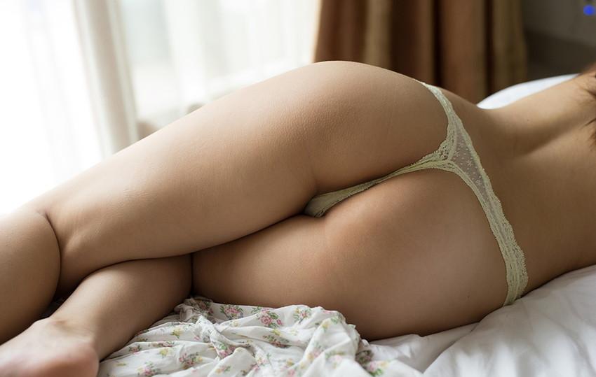 【美尻エロ画像】美尻の女性って美乳で美形な人が多い説は間違いない!四つん這いさせて顔面突っ込みアナルを舐めまくりたい美尻女性のエロ画像集ww【80枚】 28