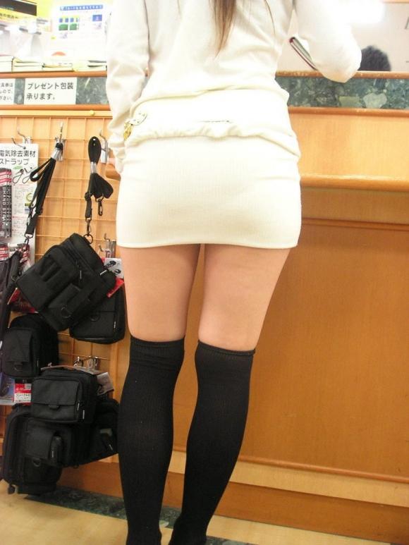 【ニットワンピエロ画像】ボディラインがはっきり分かるニットワンピで胸チラやパンティーラインを見せつけてくれるニットワンピのエロ画像集!w【80枚】 53