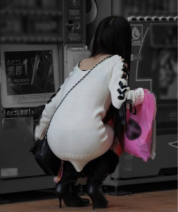 【ニットワンピエロ画像】ボディラインがはっきり分かるニットワンピで胸チラやパンティーラインを見せつけてくれるニットワンピのエロ画像集!w【80枚】 59