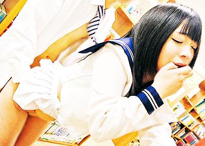 【図書館エロ画像】最近は勉強がてら優等生のロリJKを痴漢したり痴女な司書の爆乳揉んで乱交セックスできるらしい図書館のエロ画像集!ww【80枚】
