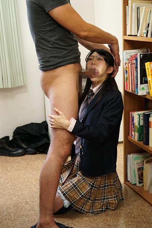 【図書館エロ画像】最近は勉強がてら優等生のロリJKを痴漢したり痴女な司書の爆乳揉んで乱交セックスできるらしい図書館のエロ画像集!ww【80枚】 24