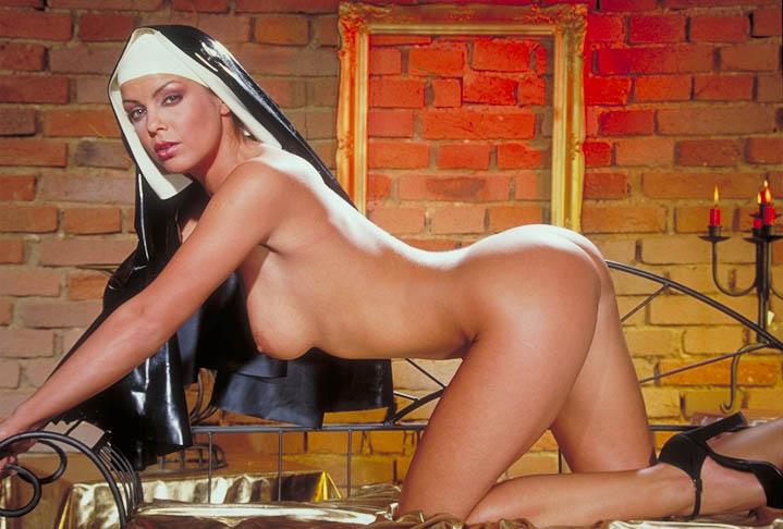 【シスターエロ画像】修道女は処女のハズなのにイラマチオされて輪姦調教されちゃってるシスターのエロ画像集ww【80枚】 03