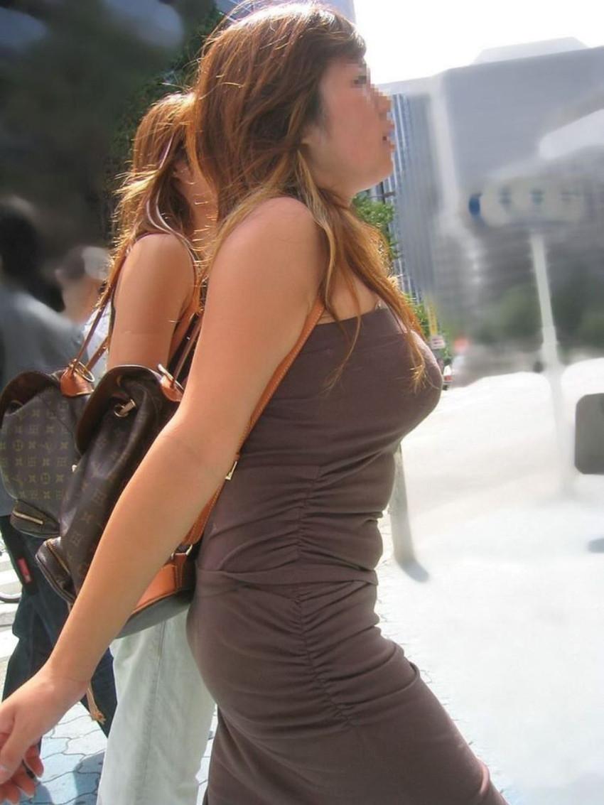 【ノースリーブエロ画像】横乳や腋の下を堪能しながら着衣セックスを堪能できるノースリーブ女子のエロ画像集!w【80枚】 55