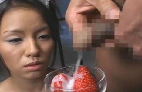 【食ザーエロ画像】精子大好き過ぎるビッチなロリ娘やお姉さんたちがザーメンを食べ物につけてごっくんしまくる食ザーエロ画像集!w【80枚】 54