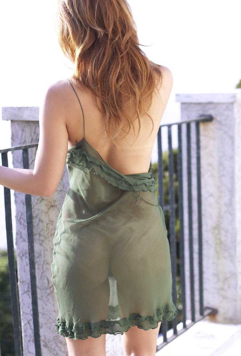 【美背中エロ画像】スタイル抜群のS級お姉さんは脱衣したクビレばっちりな背中だけで男をイカせるという噂!ww美味しそう過ぎる美背中のエロ画像集【80枚】 53