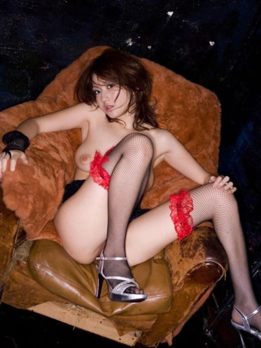 【網タイツエロ画像】美脚女子の網タイツは脚舐めしたり足コキさせたりビリビリに破ってクンニや騎乗位挿入するために存在するんだ!と信じて止まない網タイツのエロ画像集w【80枚】 29