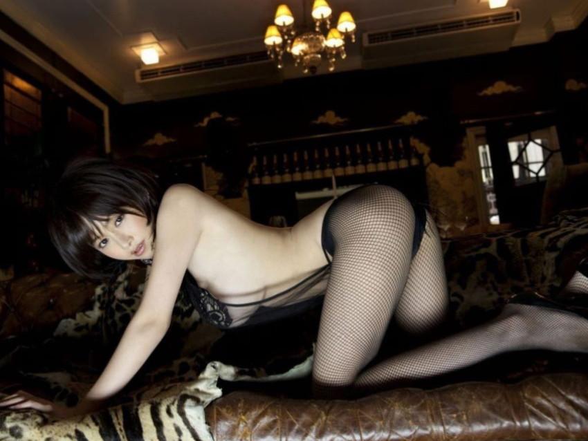 【網タイツエロ画像】美脚女子の網タイツは脚舐めしたり足コキさせたりビリビリに破ってクンニや騎乗位挿入するために存在するんだ!と信じて止まない網タイツのエロ画像集w【80枚】 77