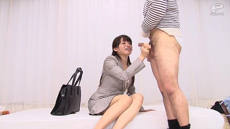 【人妻OLエロ画像】会社で寝取って下さいと言わんばかりの既婚者OLのスーツを脱がせて巨乳を露出して不倫挿入したった人妻OLのエロ画像集www【80枚】 49