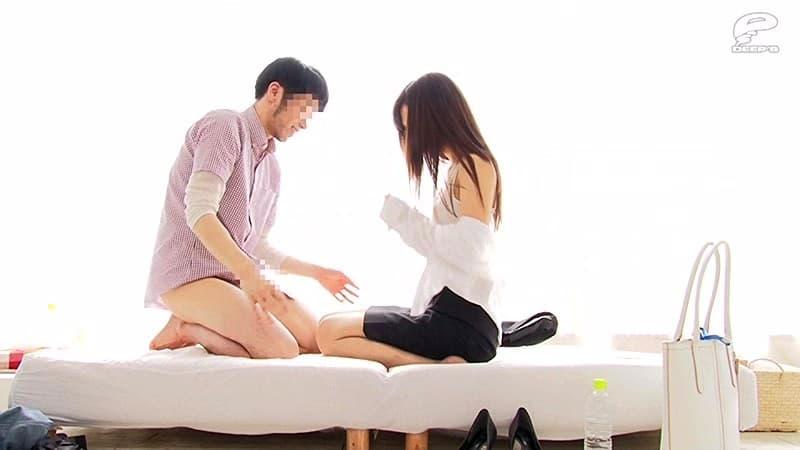 【人妻OLエロ画像】会社で寝取って下さいと言わんばかりの既婚者OLのスーツを脱がせて巨乳を露出して不倫挿入したった人妻OLのエロ画像集www【80枚】 78